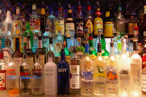 bottles_at_a_bar_-_creative_commons